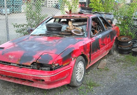 Old car scrap, who junks cars, auto scrap, get cash for a car