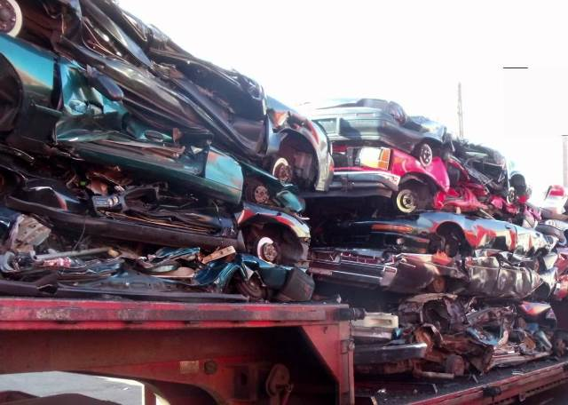 Sell Junk Cars >> End-Of-Life Car Scrap - Cash 4 Cars Akron